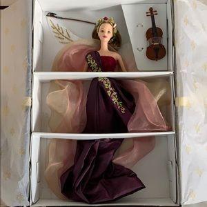 Angels of Music Barbie Heartstring Angel Violin